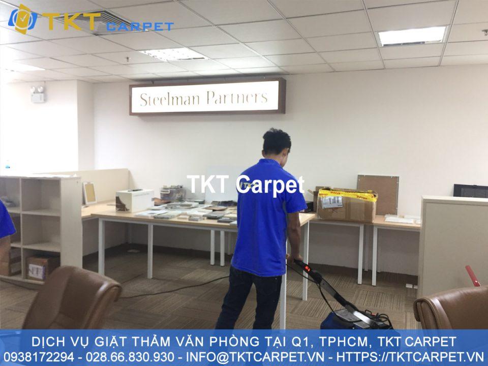 dịch vụ giặt thảm Quận 1 tại TPHCM dành cho khách hang Steel Partner - TKT Carpet