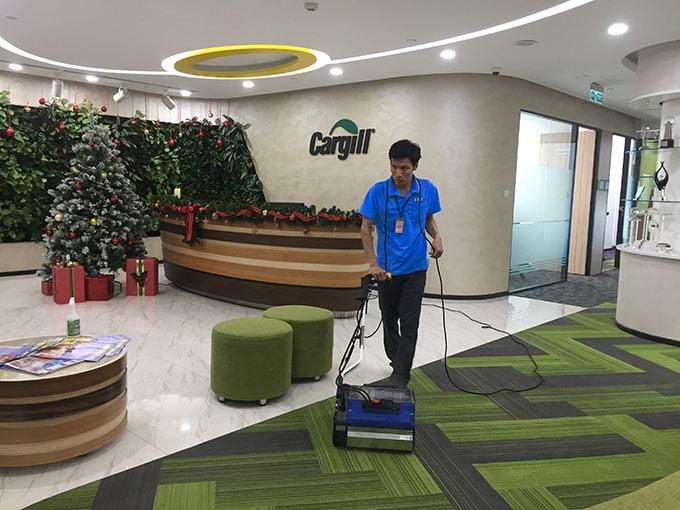 dịch vụ giặt thảm công ty cargill