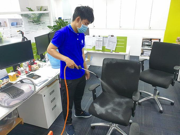 Dịch vụ giặt ghế văn phòng quận 2